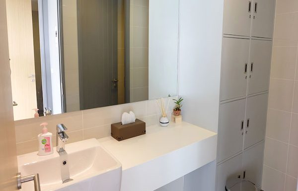 Siamese-Surawong-Bangkok-condo-for-sale-bathroom-sauna