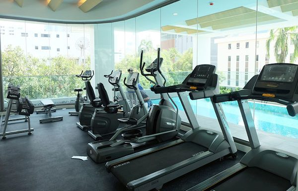 Siamese-Surawong-Bangkok-condo-for-sale-fitness-2
