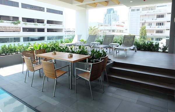 Siamese-Surawong-Bangkok-condo-for-sale-rest-area