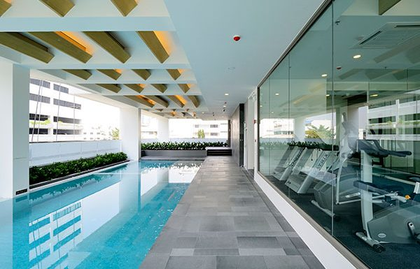 Siamese-Surawong-Bangkok-condo-for-sale-swimming-pool-2