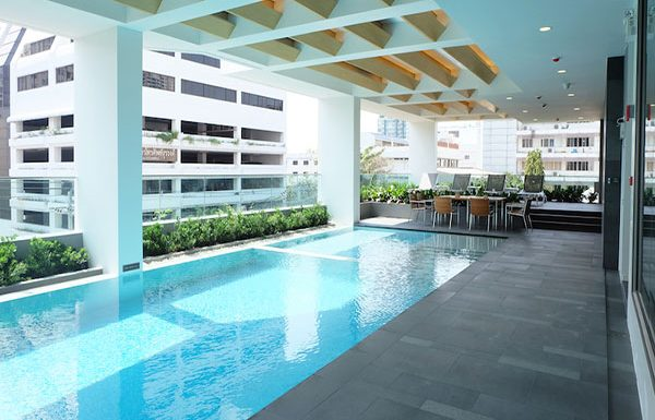 Siamese-Surawong-Bangkok-condo-for-sale-swimming-pool-3